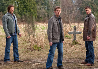 "Recap/review of Supernatural 5x22 ""Swan Song"" by freshfromthe.com"