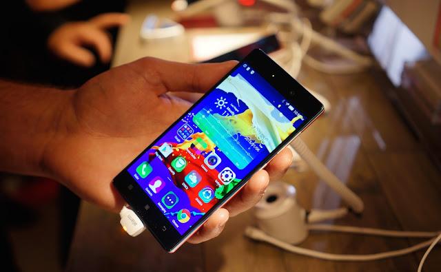 Lenovo Vibe X2 Pro smartphone paling tipis