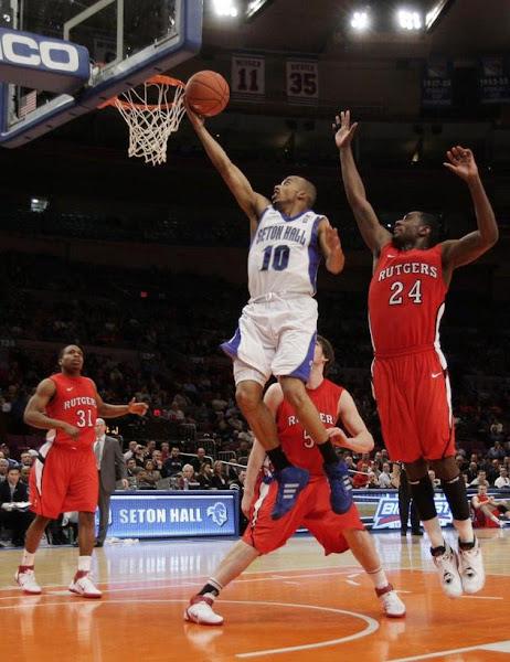 Lay Up Bola Basket