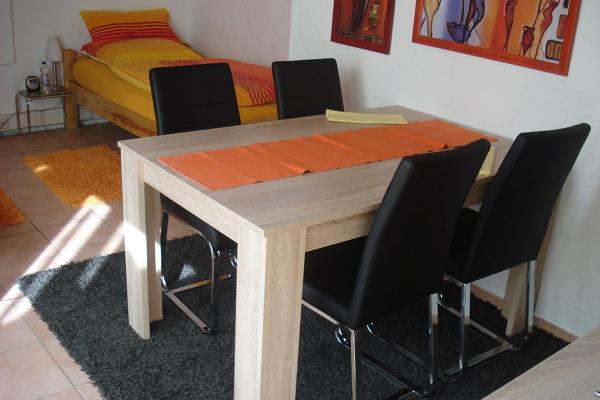 Neu Dabei 2 Zimmerferienwohnung In Pliezhausen Reutlingen