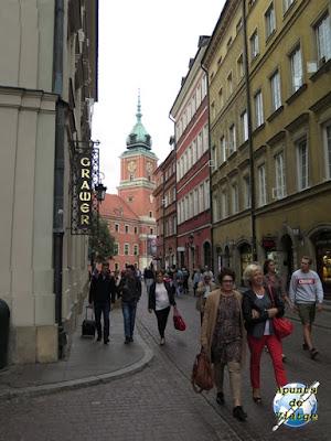 Calle cercana al Castillo Real de Varsovia