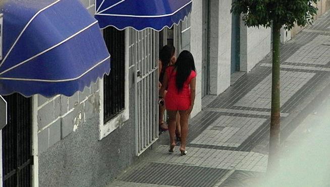 Detenidas por robo con violencia en la calle molino de viento - Gran canaria tv com ...
