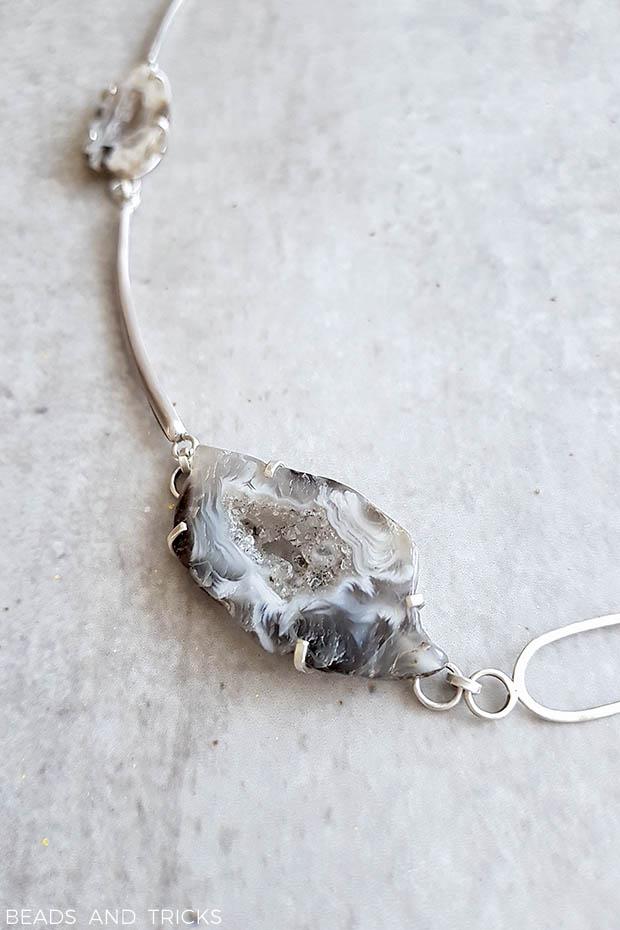 Agata grezza montata su argento