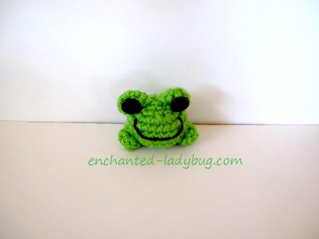 Free Crochet Fredrick the Frog Amigurumi Toy Pattern