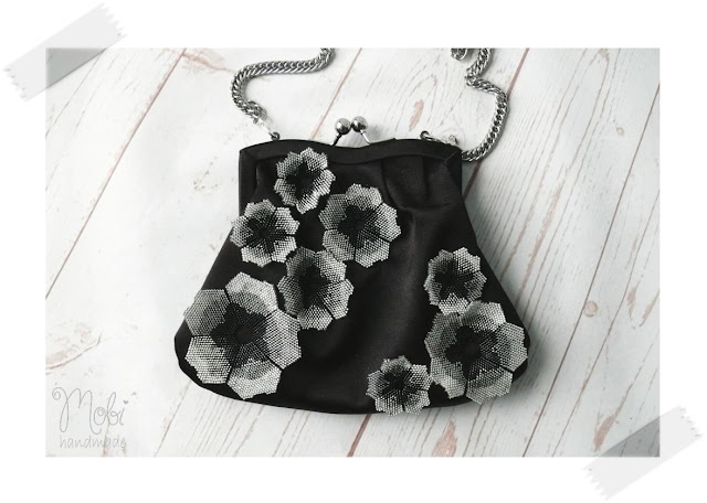 róże z koralików kwiaty z koralików beading torebka z koralikami