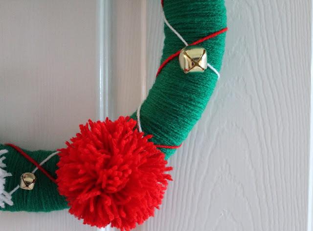 Homemade Alternative Wool Christmas Wreath Pom Poms