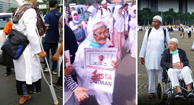 Subhanallah, Foto-foto Aksi 212 Ini Sangat Mengharukan Dan Menggetarkan Hati, Lihat Disini