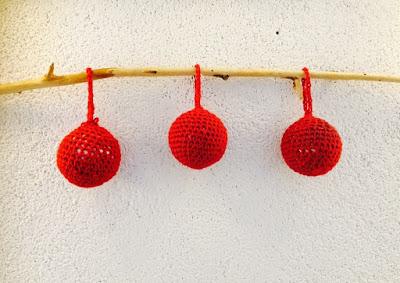 handmade bombki na szydełku