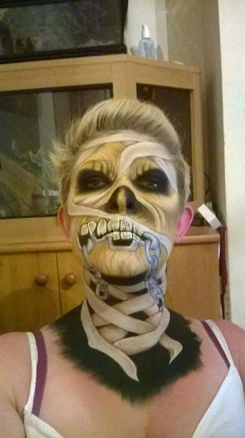18-Nikki-Shelley-Halloween-Changing-Faces-Body-Paint-www-designstack-co