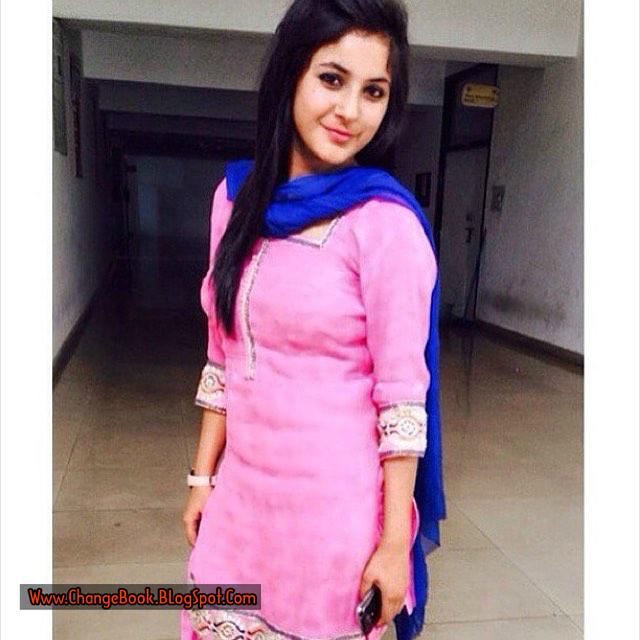 Online World Look Amazing Beautiful Village Girls Pictures-3532