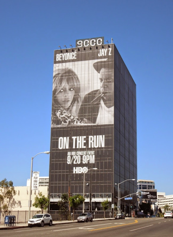 Giant Beyonce Jay Z On the run tour billboard