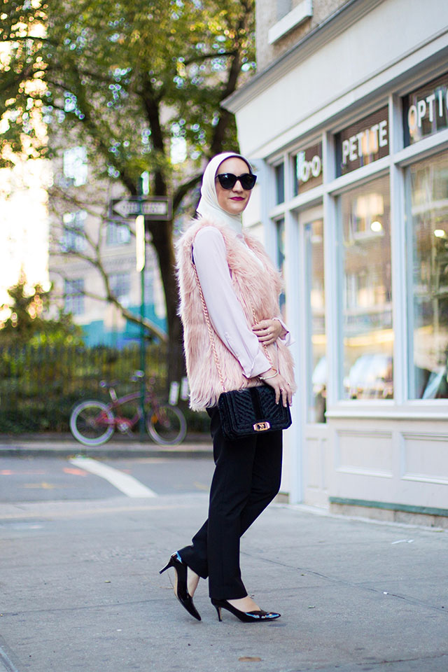 Blush Faux Fur Vest-Velvet Black Crossbody Bag-M.Gemi Rivista-Haute Hijab Scarf-Modest Fashion Blogger-Blush Pink and Black-Hijabi Blogger