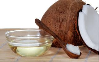 زيت جوز الهند و العسل لاعلده شباب الجلد