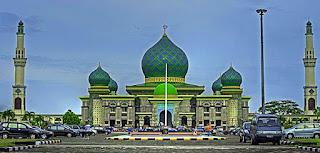 Khutbah Jumat : Muslimah Betapa Buruknya Akibat Dari Membuka Aurat