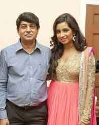 Shreya Ghoshal Father