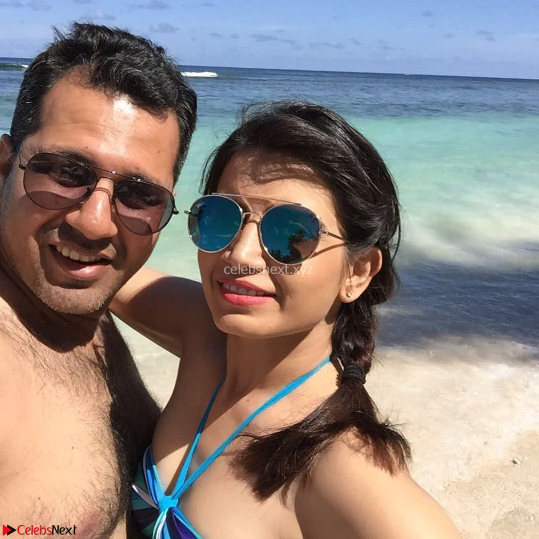 Priya Ahuja Looks Relaxed and Stunning in Bikini Vacation Pics Exclusive Dec 2017