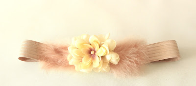 PV 2018 Nude Cinturon elastico flor Pluma