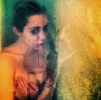 Αναστάτωσε το Instagram η Miley Cyrus με τη γυμνή της φωτογραφία