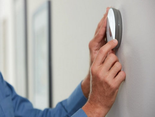 Ontario Residents Can Get a Free Smart Thermostat