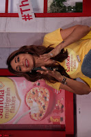 Shilpa Shetty super cute fit in Yellow T Shirt 11.JPG