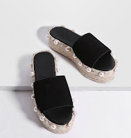 http://fr.shein.com/Black-Faux-Pearl-Espadrille-Flatform-Slippers-p-345084-cat-1751.html