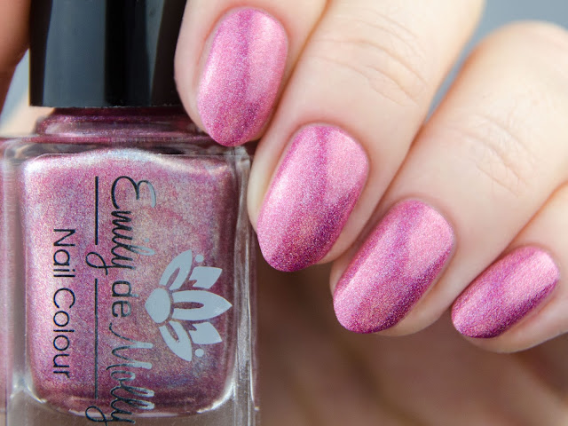 Emily de Molly Prime Time swatch