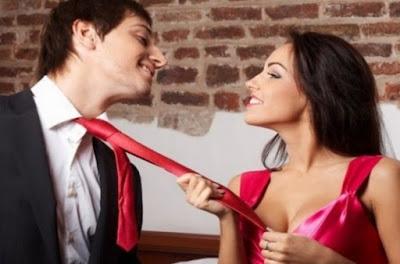 Cara Mudah Mencuri Perhatian Wanita