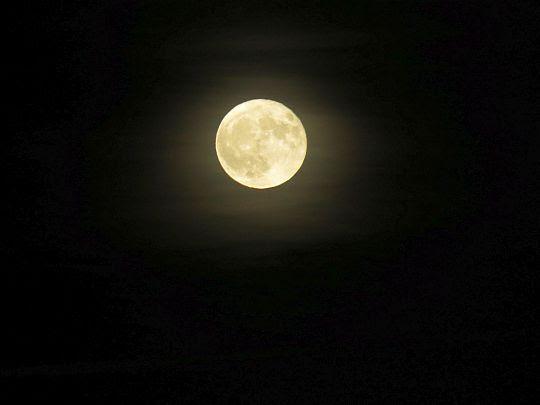 Pełnia księżyca.