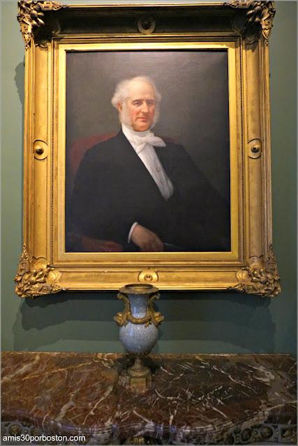 Retrato de Cornelius en la Sala de Trofeos de Marble House, Newport