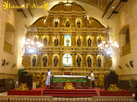 Altar of the Minor Basilica of the Santo Niño in Cebu City