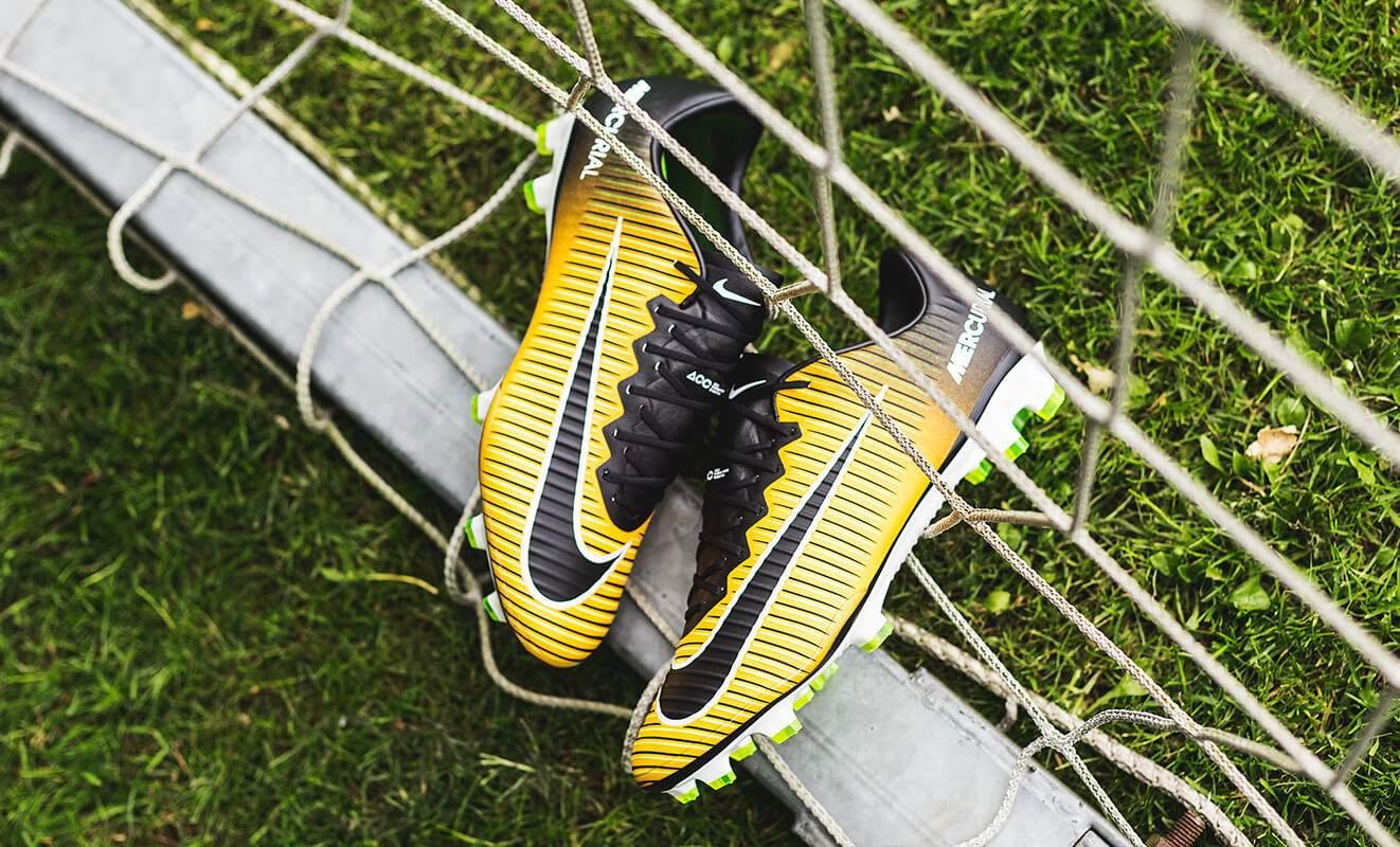 Lock Let Foot Sortie Chaussures De In Loose Du Nike Pack FBRZOq