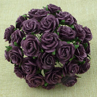 https://www.essy-floresy.pl/pl/p/Kwiatki-Open-Roses-sliwkowe-20-mm/947