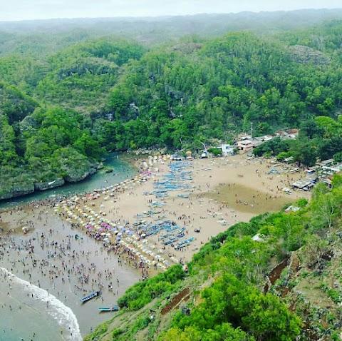 Baron Beach,  Pantai Baron