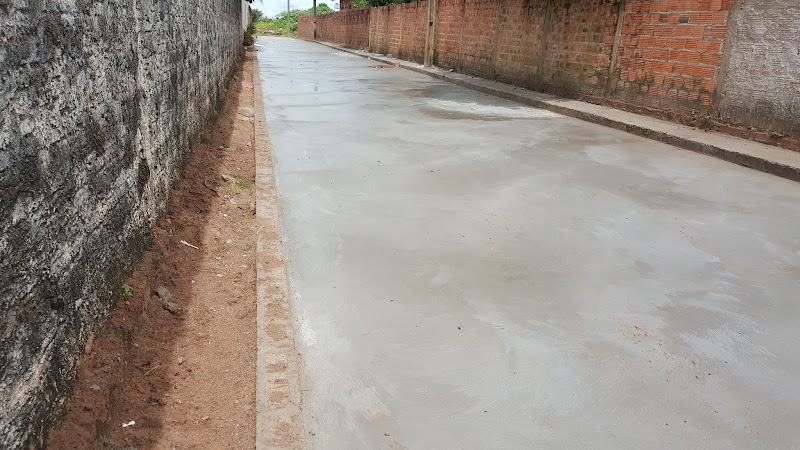 Prefeitura de Raposa faz os serviços de recuperação de ruas e avenidas no bairro Vila Boa Esperança