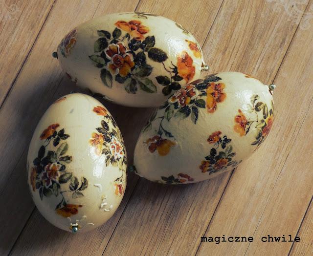 Kolor pomarańczowy na PISANKACH Wielkanocnych