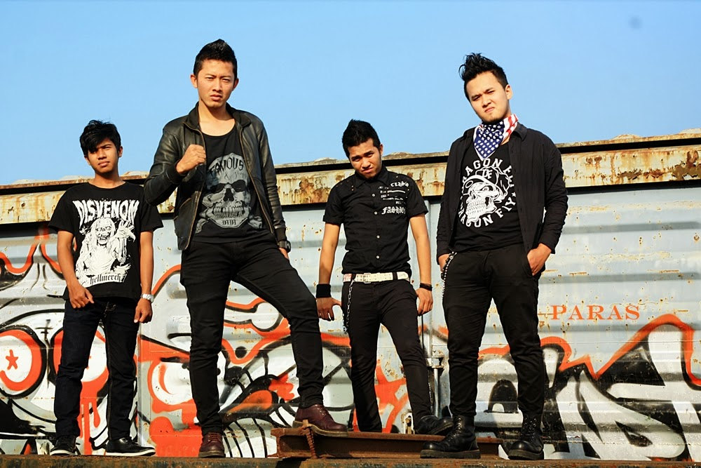 Paras Band