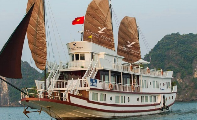 Tour-ha-long-ngu-du-thuyen-flamingo-cruise