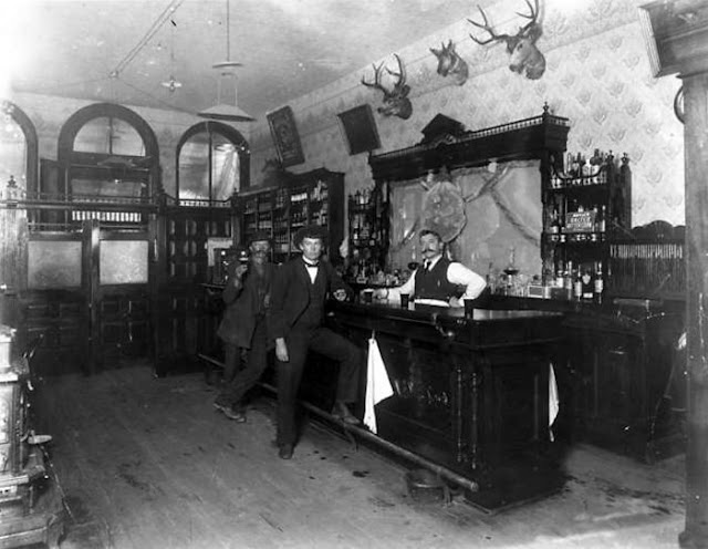 Bares y Saloons del Oeste americano