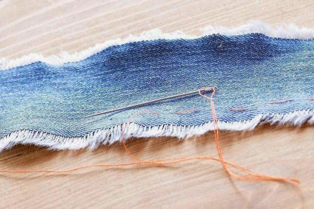 decorar cojines con retales de tela vaquera