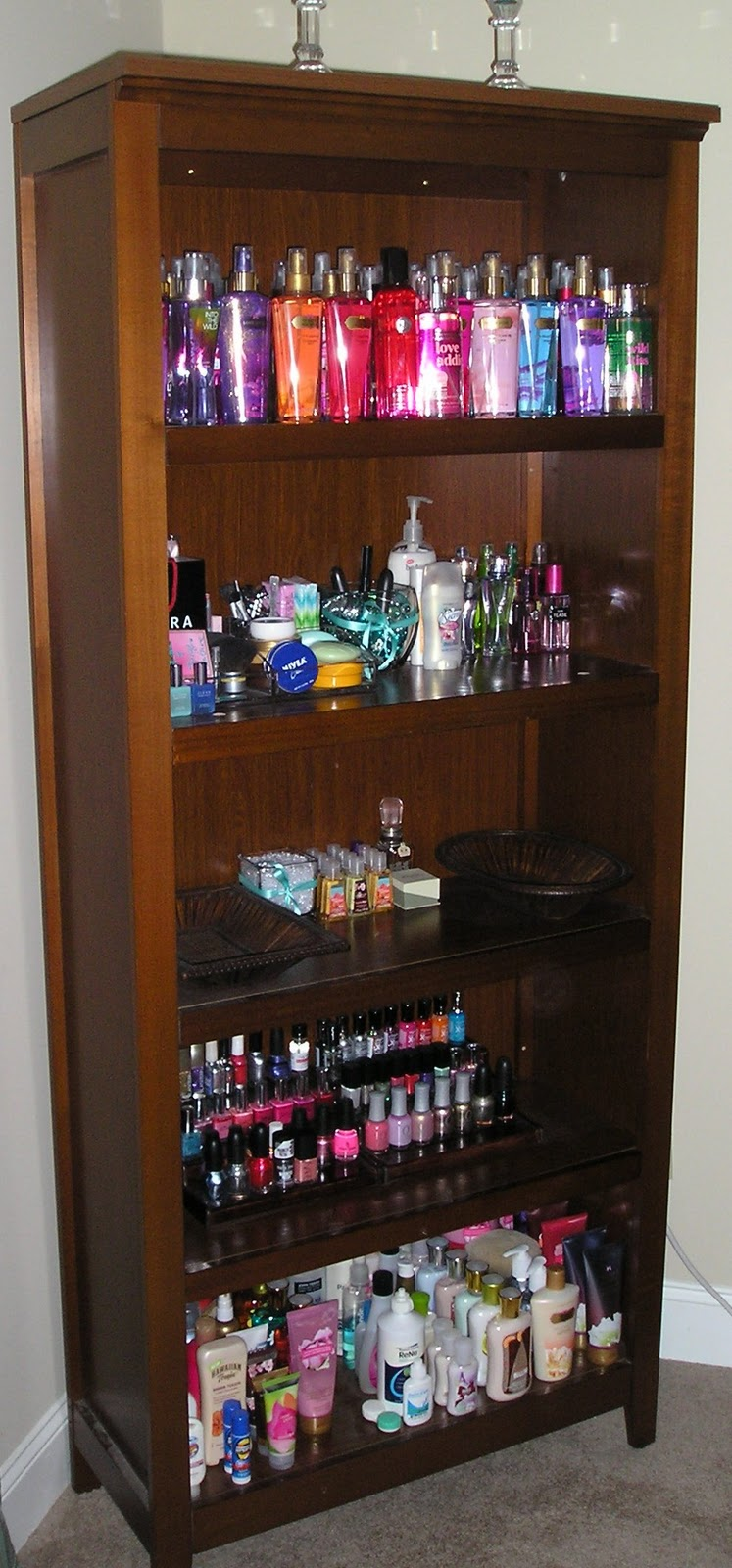 Glamorous Addiction Makeup Table Storage And Collection