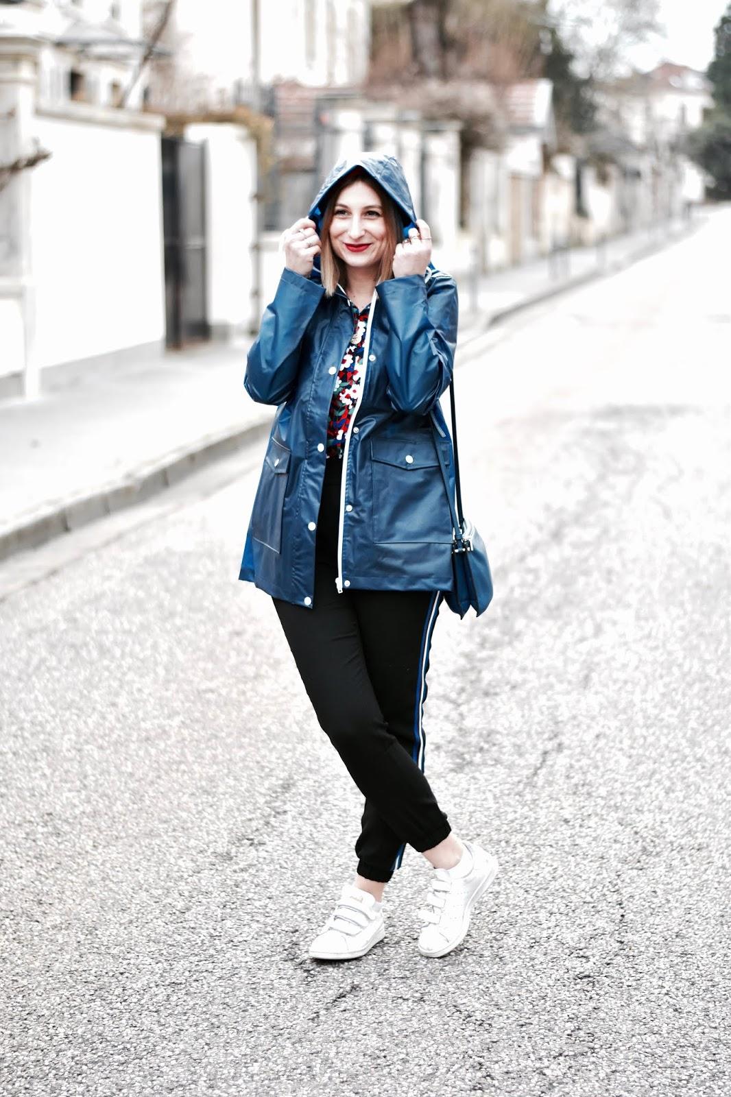 look printemps femme : idéal pour les jours de pluie