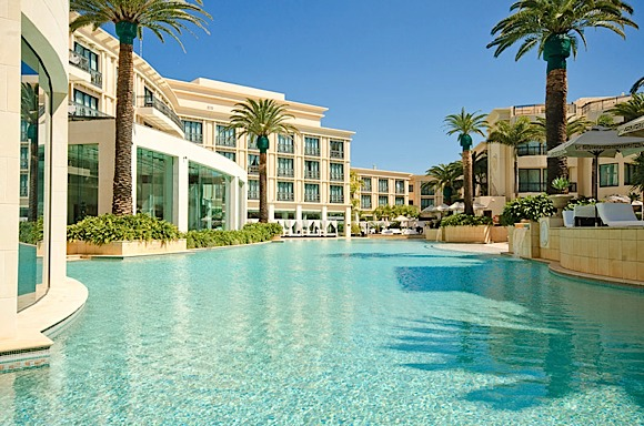 There Isn T Another Hotel Or Residential Resort In Australia That Can Invoke Such Recognition And Reaction With It S Italian Extravagance