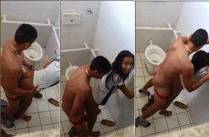 Estudiantes y maestra teniendo sexo