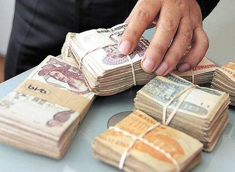 Trabajadores migrantes: Bolivia recibió 86 millones de dólares en remesas en enero y febrer
