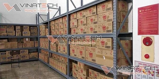 Kệ kho chứa hàng Vinatech sản xuất