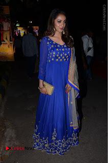 Telugu Actress Tejaswi Madivada Pos in Blue Long Dress at Nanna Nenu Na Boyfriends Audio Launch  0105.JPG