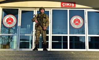 Τουρκία: Εντάλματα σύλληψης σε βάρος 53 στρατιωτικών για πιθανές διασυνδέσεις με τον Γκιουλέν
