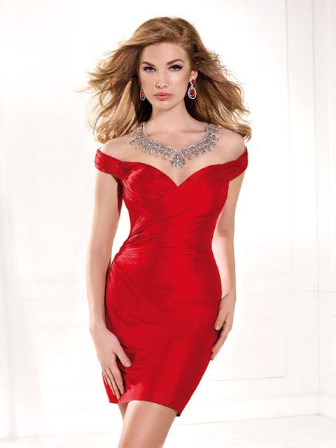 http://www.victoriasdress.fr/robe-de-cocktail-rouge-fourreau-hors-de-l-epaule-court-mini-taffetas-fn383.html
