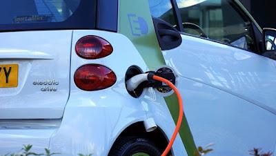 Como são abastecidos os carros elétricos?