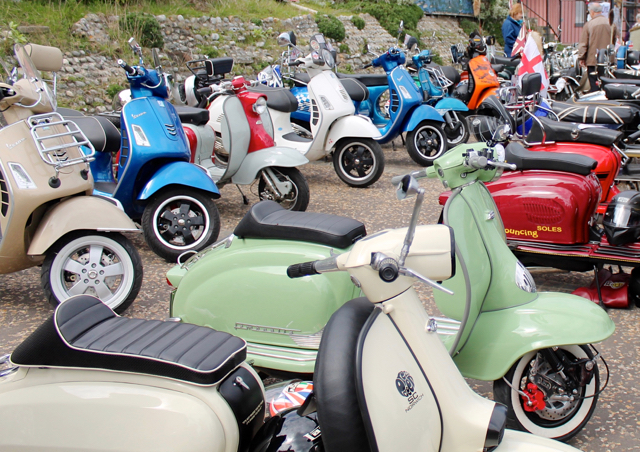Cromer 60s festival - vintage scooters